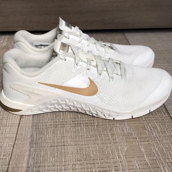 Nike Shoes | Nike Metcon 4 Champagne